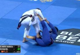 Wideo: Cobrinha traci punkty za przejście gardy pierwszy raz w historii