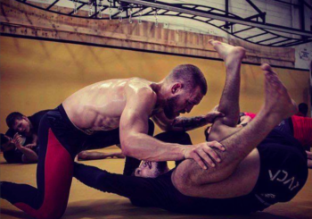 Trening McGregora z Dillonem Danisem