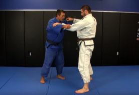Technika Judo: Jimmy Pedro demonstruje Kouchi Gari
