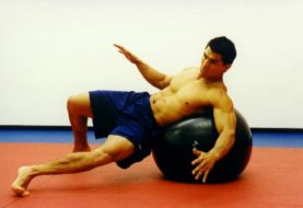 Jak trenować balans na piłce, pierwsze kroki [PL]