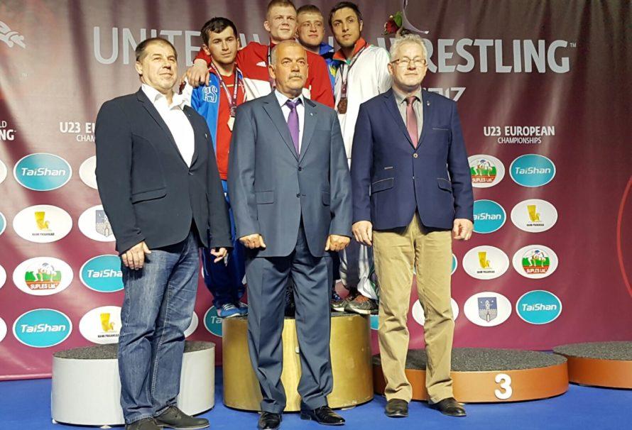 Roman Pacurkowski mistrzem Europy w zapasach do lat 23!
