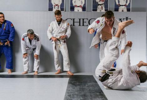 Highlight z treningu w siedzibie głównej CHECKMAT [Video]