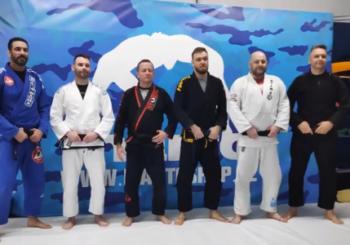 Nowe czarne pasy w Copacabana Team