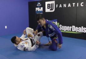 Rodrigo Cavaca objaśnia przejście gardy do dźwigni na stopę [Video]
