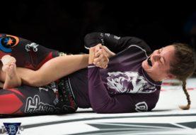 Czarny pas, Liz Carmouche z 10th Planet Jiu-jitsu, opuszcza UFC