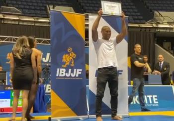 """Ronaldo """"Jacare"""" Souza otrzymuje certyfikat stopnia mistrzowskiego podczas Worlds No-Gi"""