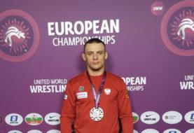 Wyniki ME Grapplingu: Grzegorz Bigdoń w walce o brązowy medal poddaje skrętówką Francuza [wideo]