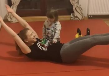 Zobacz, jak obecnie trenuje mistrzyni świata i Europy, Zofia Szawernowska [wideo]
