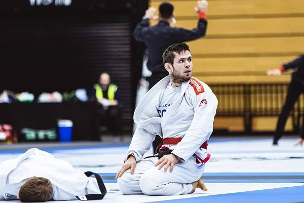 Robert Henek mistrzem i brÄ…zowym medalistÄ… MP w Ju-Jitsu