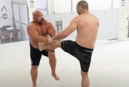 Kłótnia Orlando Sancheza i Sean'a Stricklanda na sparingu